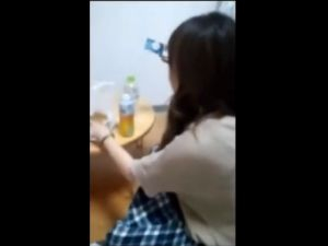 【スマホ撮影】ギャルセフレとのデートから自宅セックスまでを記録したハメ撮り映像w