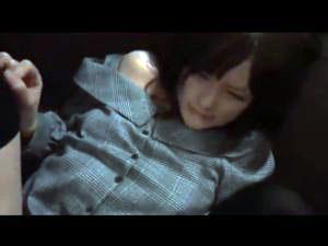 【個人撮影】清楚風なロリかわキャバ嬢とのハメ撮り!脱がすとツルツルマンコw